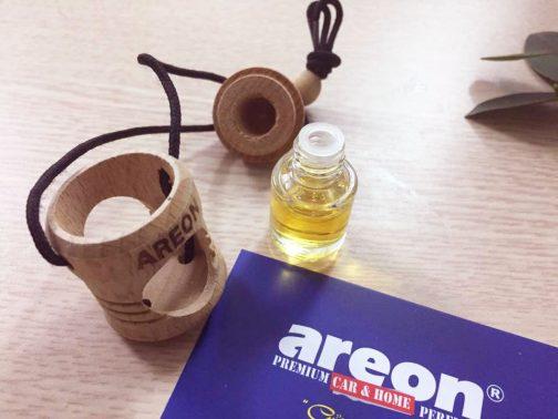 Bộ sản phẩm tinh dầu treo xe Areon sau khi mở hộp