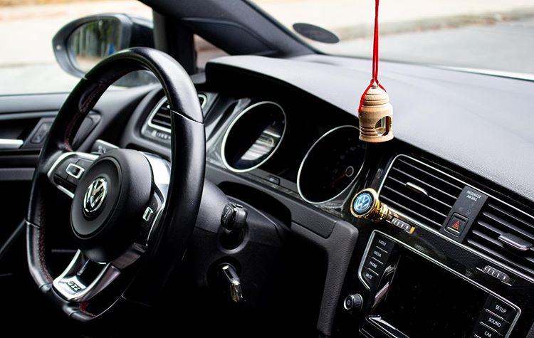 Kinh nghiệm khử mùi ô tô cũ